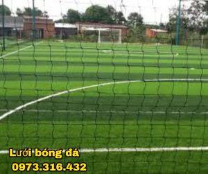 Lưới bóng đá sân Đại Đồng